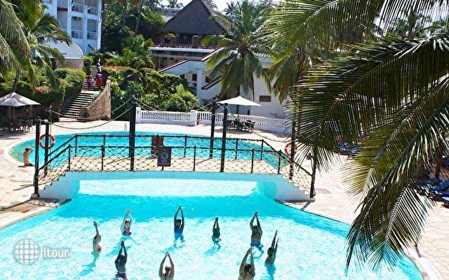 Voyager Beach Resort 4