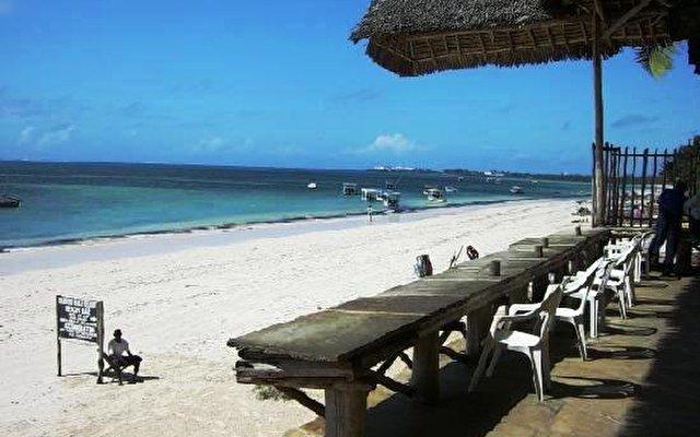 Bamburi Beach 6