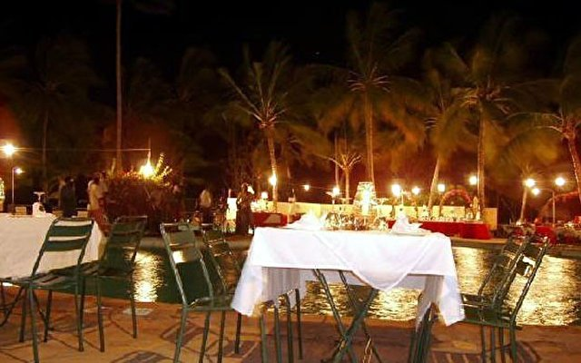 Tropical Beach Resort 7