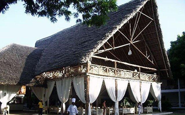 Tropical Beach Resort 1