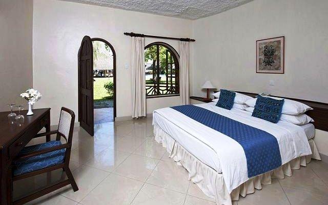 Neptune Paradise Beach Resort 3