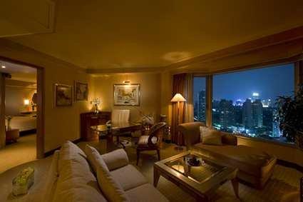Hilton Shanghai Hotel 9