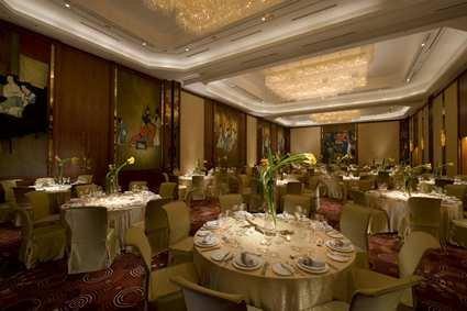 Hilton Shanghai Hotel 5