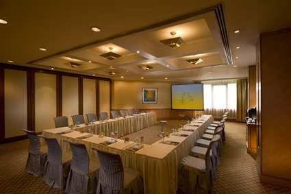 Hilton Shanghai Hotel 6