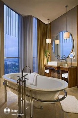 Sheraton Pudong Shanghai Hotel & Residences 9