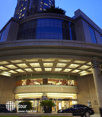Renaissance Shanghai Pudong Hotel 3