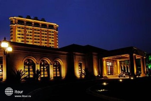 Radisson Plaza Hotel Shanghai 1