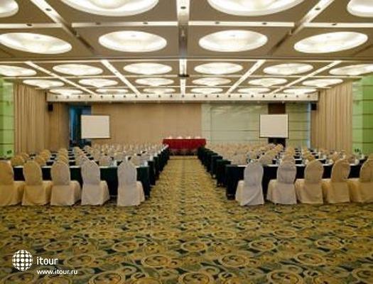 Ramada Plaza Sino-bay 4