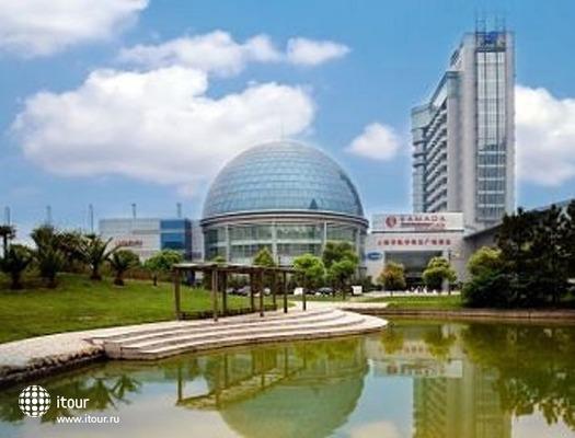 Ramada Plaza Sino-bay 1