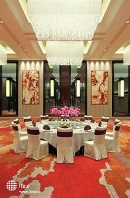 Grand Mercure Shanghai Zhongya 4