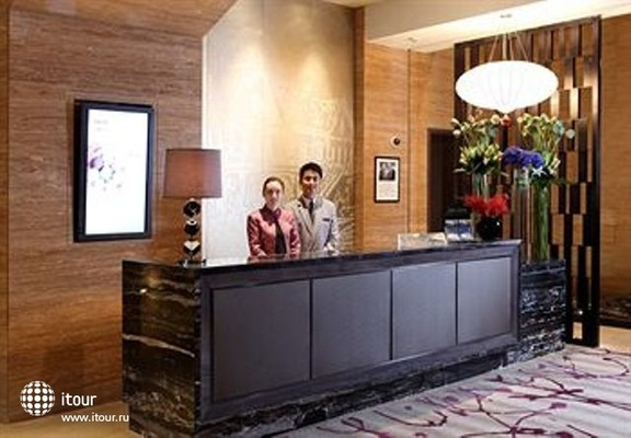 Grand Mercure Shanghai Zhongya 9