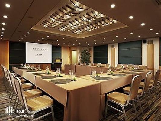 Sofitel Shanghai Hyland 10