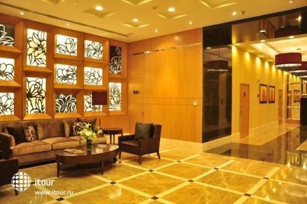 Oakwood Residence Shanghai 4