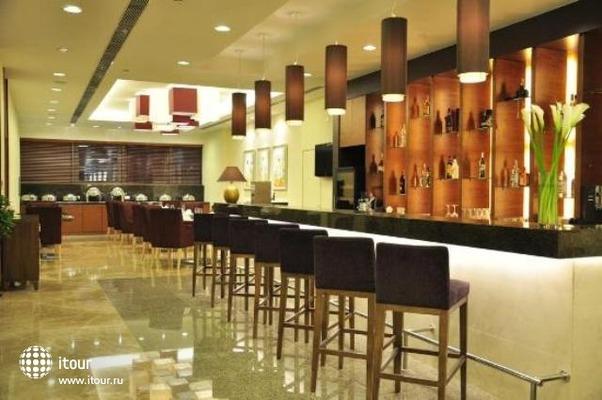 Oakwood Residence Shanghai 6