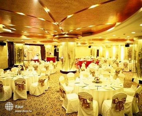 The Bund Hotel 3