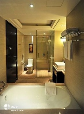 The Qube Pudong (ex. Howard Johnson Hotel Chuansha Shanghai) 4