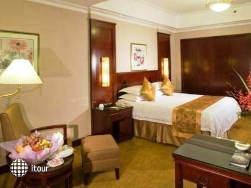 Oriental Riverside Hotel Shanghai 6