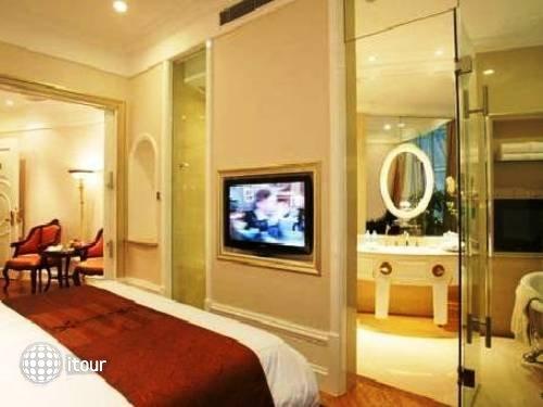 Oriental Riverside Hotel Shanghai 8