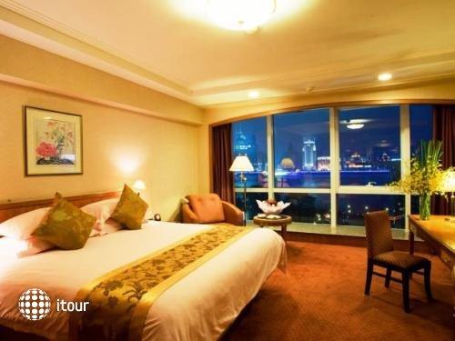 Oriental Riverside Hotel Shanghai 9