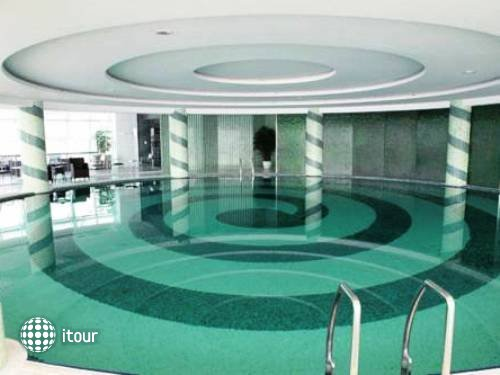 Oriental Riverside Hotel Shanghai 2