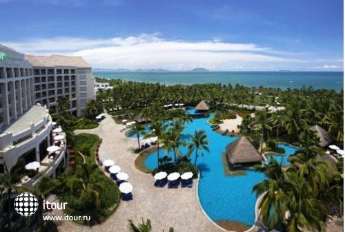 Holiday Inn Resort Sanya Bay 8