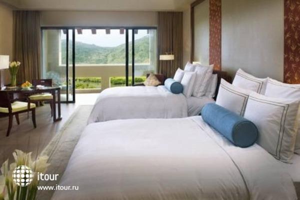 Ritz Carlton Sanya 3