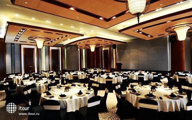 Anantara Sanya Resort & Spa 8