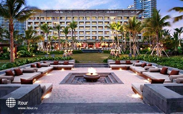 Anantara Sanya Resort & Spa 1