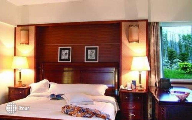 Royal Garden Hotel 2