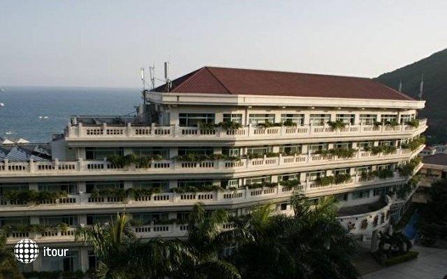 Royal Garden Hotel 1