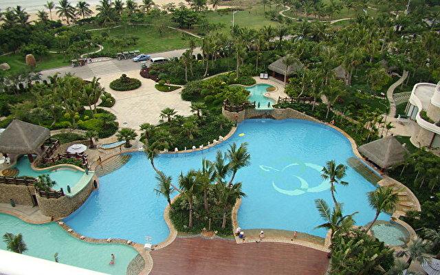 Grand Soluxe Hotel & Resort 1