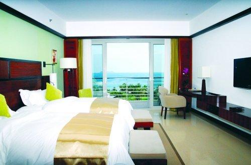 Grand Soluxe Hotel & Resort 9