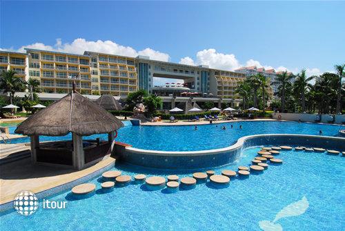 Days Hotel & Suites Sanya Resort 6