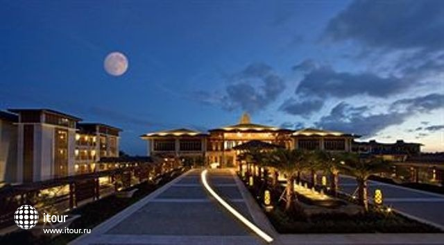 Le Meridien Shimei Bay Beach Resort & Spa 1