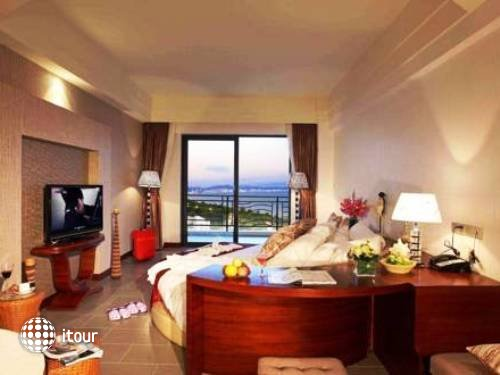 Sanya La Costa Resort 8