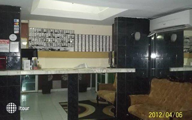 Hotel 2 Mares 2