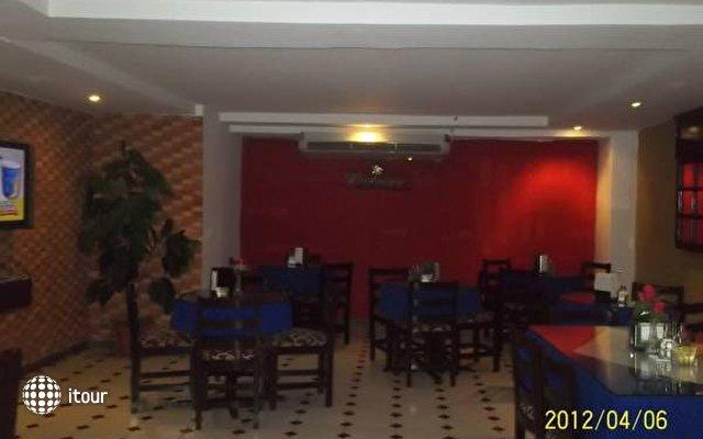 Hotel 2 Mares 6