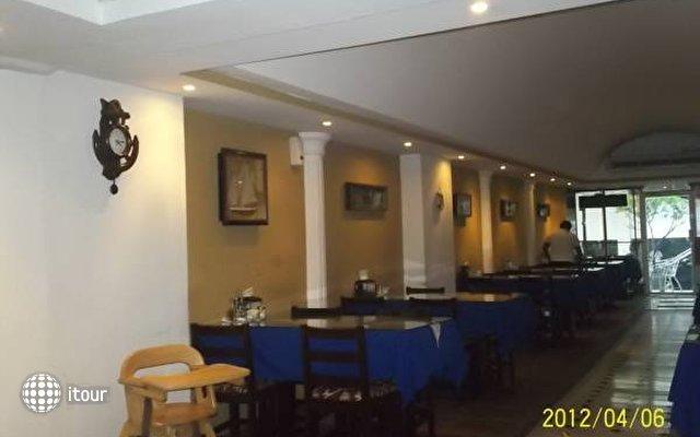 Hotel 2 Mares 7