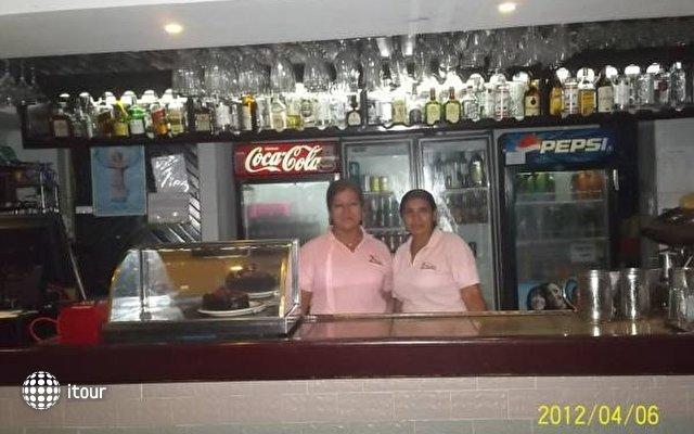 Hotel 2 Mares 8