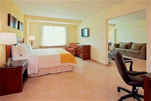 Holiday Inn Panama Canal 3