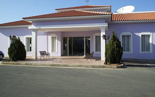 Akamanthea Holiday Village 4