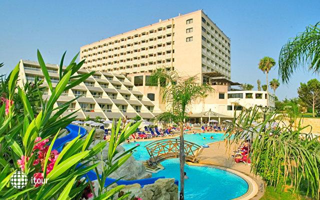 St Raphael Resort 1