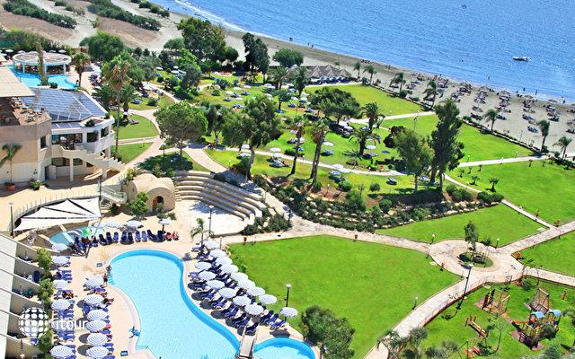 St Raphael Resort 2