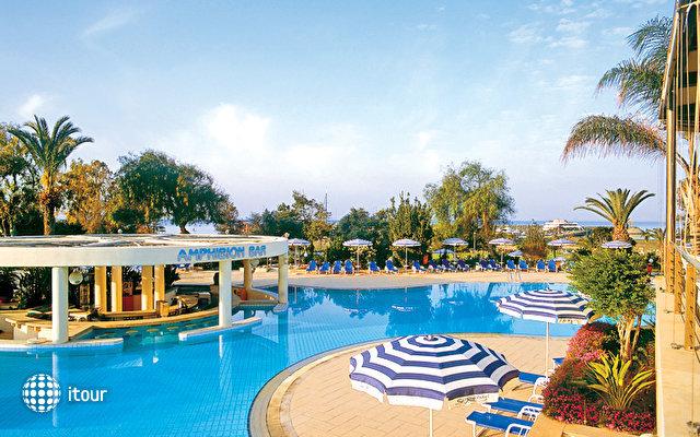 St Raphael Resort 7