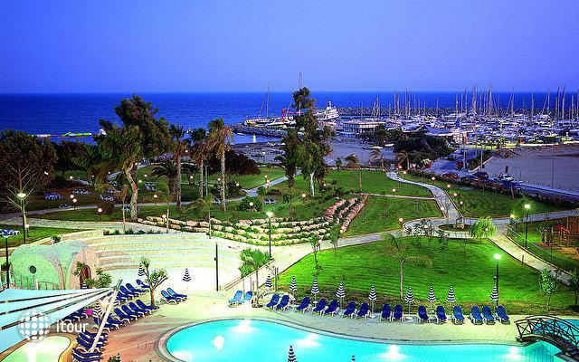 St Raphael Resort 3