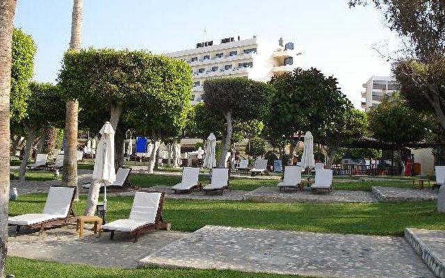 Elias Beach 4