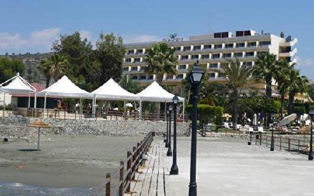 Elias Beach 7