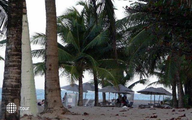 Elena Beach 2