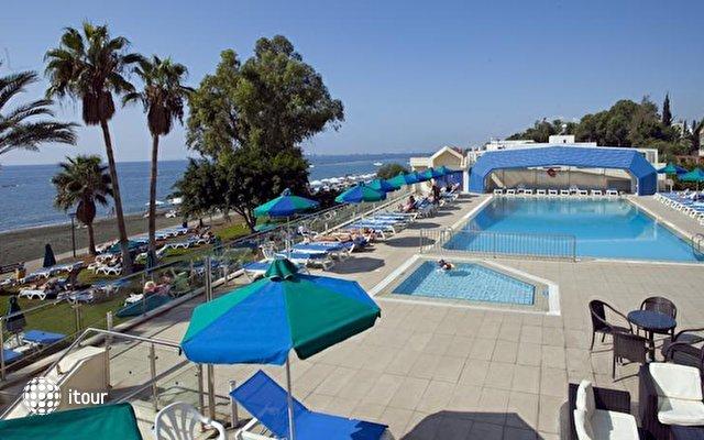 Poseidonia Beach  2