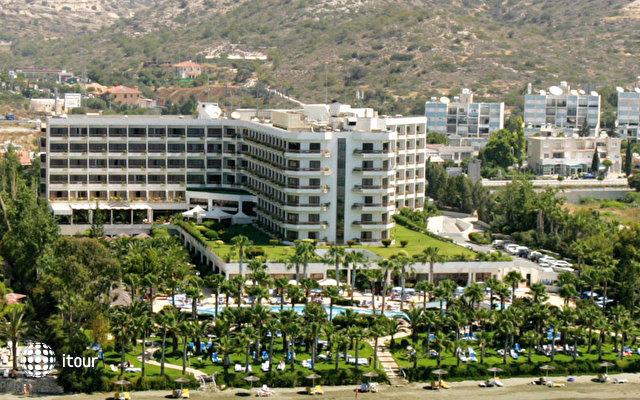 Grand Resort 1